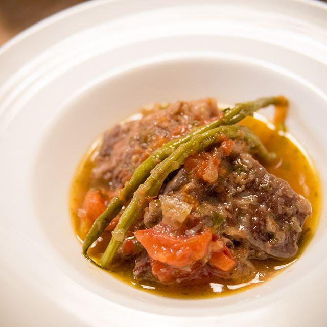 牛肉といんげんの赤ワイン煮  #肉 #beef  #インゲン #stringbeans #シチュー #stew  #家飲み #晩ごはん #dinner #晩酌 #おうちごはん  #デリスタグラマー #beautifulcuisines #クッキングラム  #テーブルフォト #料理好きな人と繋がりたい