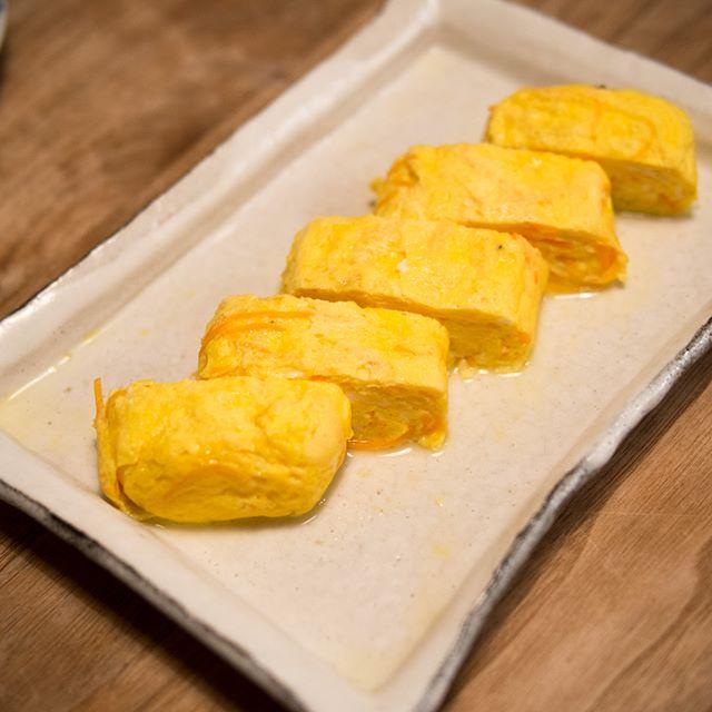 人参入り洋風卵焼き #玉子焼き #オムレツ #omelette #玉子 #eggs  #家飲み #晩ごはん #dinner #晩酌 #おうちごはん  #デリスタグラマー #beautifulcuisines #クッキングラム  #テーブルフォト #料理好きな人と繋がりたい