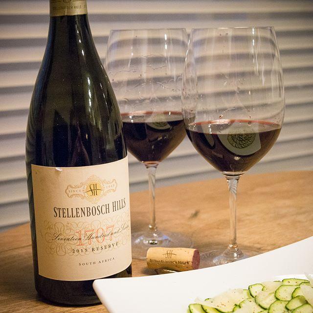 ステレンボッシュ・ヒルズ 1707 リザーブ レッド[ Stellenbosch Hills | 1707 Reserve Red 2015 ]Western Cape, South Africa・・・好みの味でした♪ #ワイン #wine #赤 #red #wineglass #リーデル #riedel #家飲み #晩ごはん #dinner #晩酌 #おうちごはん #デリスタグラマー #beautifulcuisines #クッキングラム #テーブルフォト #料理好きな人と繋がりたい