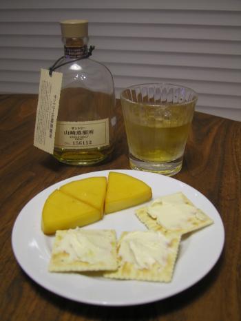 チーズたちと山崎蒸留所