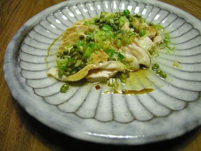 茹で鶏の山椒葱油かけ