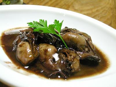 牡蠣の赤ワイン煮