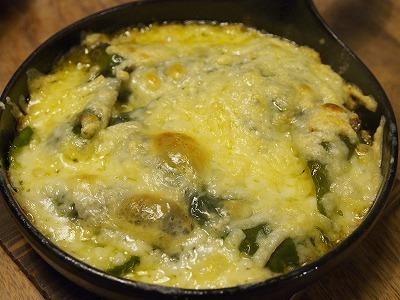 ピーマンのチーズ焼き