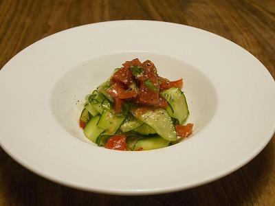 きゅうりとトマトのサラダ